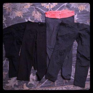 Pants - Maternity capris